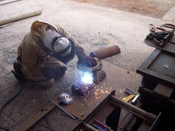 ساخت اسپلیت تی بر اساس استانداردهای ساخت و جوشکاری